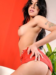 Seductive Ximena exposing her amazing body