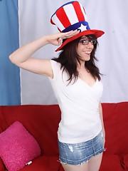 Wendy shows her Patriotic Lust for Alexander Hamilton