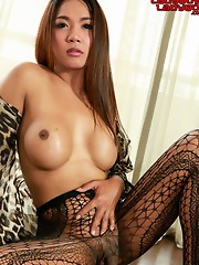 Eye is A lovely ladyboy from Casanova bar. 19 years old. She is a student and likes comedy and exercise.